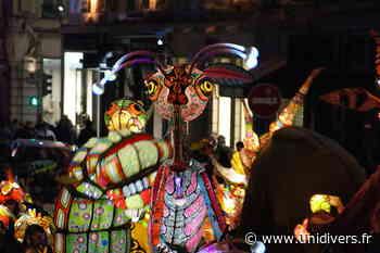 Spectacle déambulatoire nocturne « Allebrilles » Dans la ville Lieusaint - Unidivers