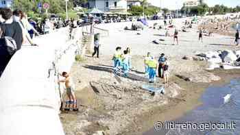 Tragedia ai Tre Ponti: annega davanti ai bagnanti - Il Tirreno