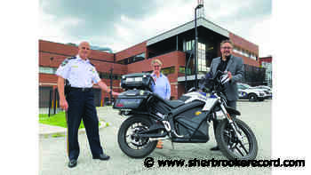New electric motorcycle joins Sherbrooke police force - Sherbrooke Record