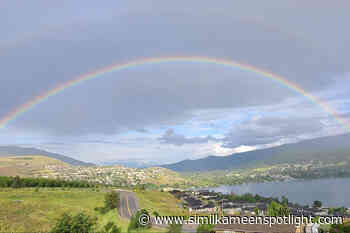 Vernon shutterbugs capture rainbow – Princeton Similkameen Spotlight - Similkameen Spotlight