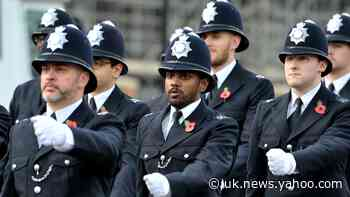 More than 70,000 apply to become police officers in Government recruitment drive