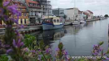 Warum der Fischbrötchen-Mann die Ruhe im Hafen genießen kann - Nordkurier