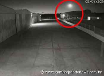Passagem de meteoro é registrada no céu de Campo Grande - Campo Grande News