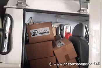 Aiac consegna alla Protezione Civile di Vezzano 20 pacchi alimentari - Gazzetta della Spezia e Provincia