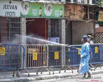 Public transport service almost unaffected in Kolkata amid lockdown in containment zones - Deccan Herald