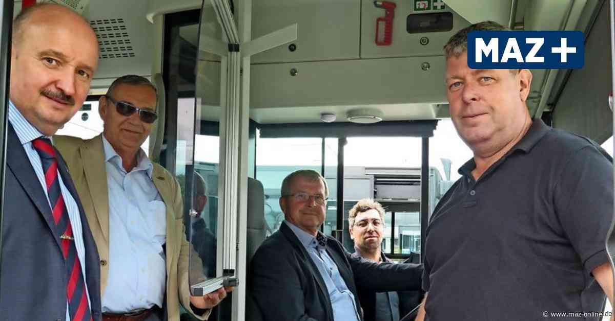 Verkehrsgesellschaft Teltow-Fläming stattet jeden Bus mit Spuckschutz aus - Märkische Allgemeine Zeitung
