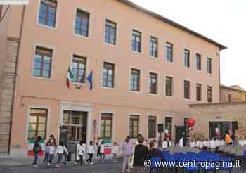 Osimo, insegnanti e genitori raccolgono firme in vista della riapertura della scuola - Centropagina