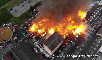 Grossbrand im Industriegebiet – Feuerwehren, Sanität und ABC-Wehr im Einsatz - Aargauer Zeitung