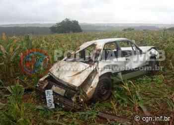 Carro capota na PR 239, entre Assis Chateaubriand e Jesuítas - CGN