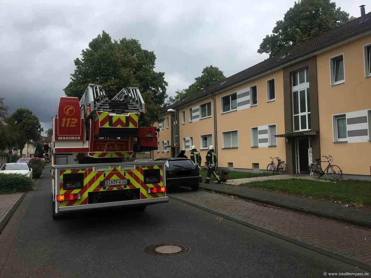 Feuerwehr Dinslaken rückte aus: PKW Brand auf der Abfahrt der A 3 Anschlußstelle Nord - Dinslaken - Lokalkompass.de