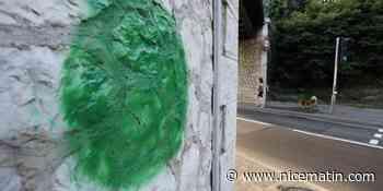 Après Antibes, Vence... Qui se cache derrière les mystérieux ronds verts tagués un peu partout en France? - Nice-Matin