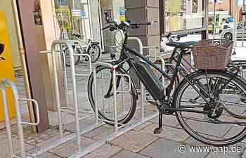 Für 40000 Euro: Stadt tauscht Fahrradständer aus - Passauer Neue Presse