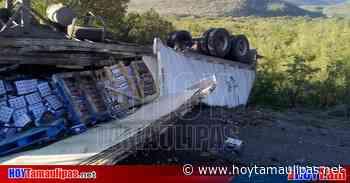 Tamaulipas Vuelca triler en la carretera Tula-Jaumave - Hoy Tamaulipas