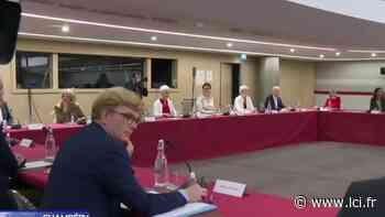 """EN DIRECT - En visite à Bobigny, Jean Castex veut """"augmenter les moyens de la Justice"""" - LCI"""