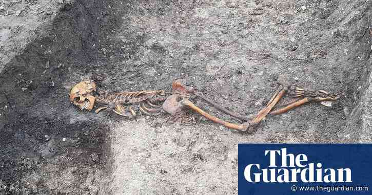 HS2 works unearth skeleton of possible iron age murder victim