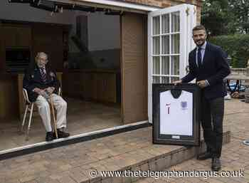David Beckham presents Captain Tom with Lionhearts honour
