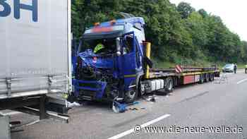 Mega-Stau nach schwerem LKW-Unfall auf A8 bei Karlsbad - die neue welle - die neue welle