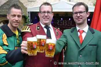 "Schützen liefern Burgfest-Menü: Dringenberg feiert ""Burgfest to go"" - Westfalen-Blatt"