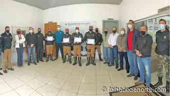Policiais rodoviários estaduais são homenageados por apreensão de drogas - Folha De Cianorte