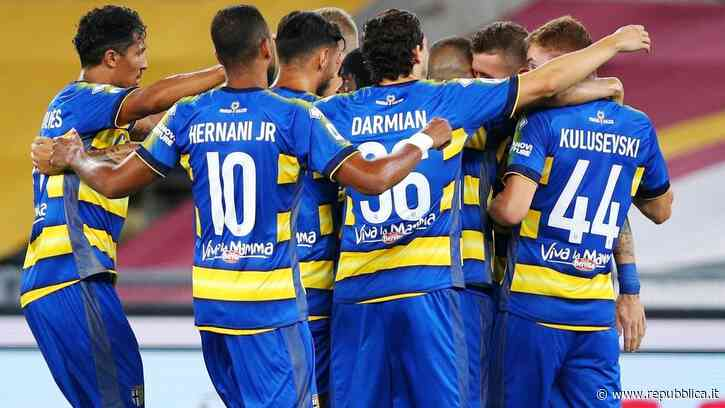 """Parma, positivo al Covid-19 un membro dello staff: squadra in isolamento. D'Aversa: """"Per fortuna sta bene"""" - la Repubblica"""