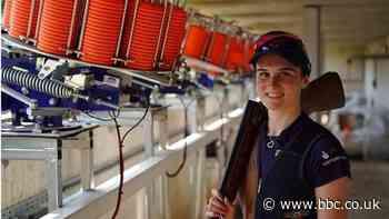 Georgina Roberts 'hungry' for shooting success - BBC News