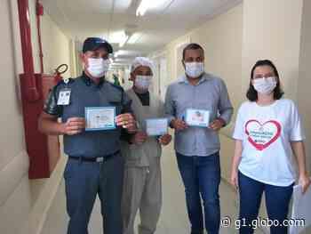 'Correio do amor': estudantes de Feira de Santana escrevem cartas para agradecer profissionais do Hospital Clériston Andrade - G1
