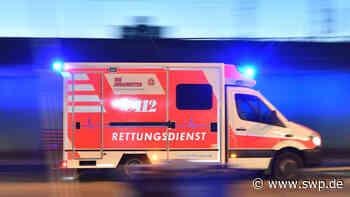 Unfall L1211: BMW überschlägt sich zwischen Bad Urach und Grabenstetten - SWP