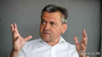 Manfred Schwabl im Interview: Wackelt jetzt Trainer Claus Schromm? - tz.de
