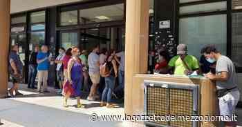 Bari, troppi impiegati in telelavoro: code all'Agenzia delle Entrate - La Gazzetta del Mezzogiorno