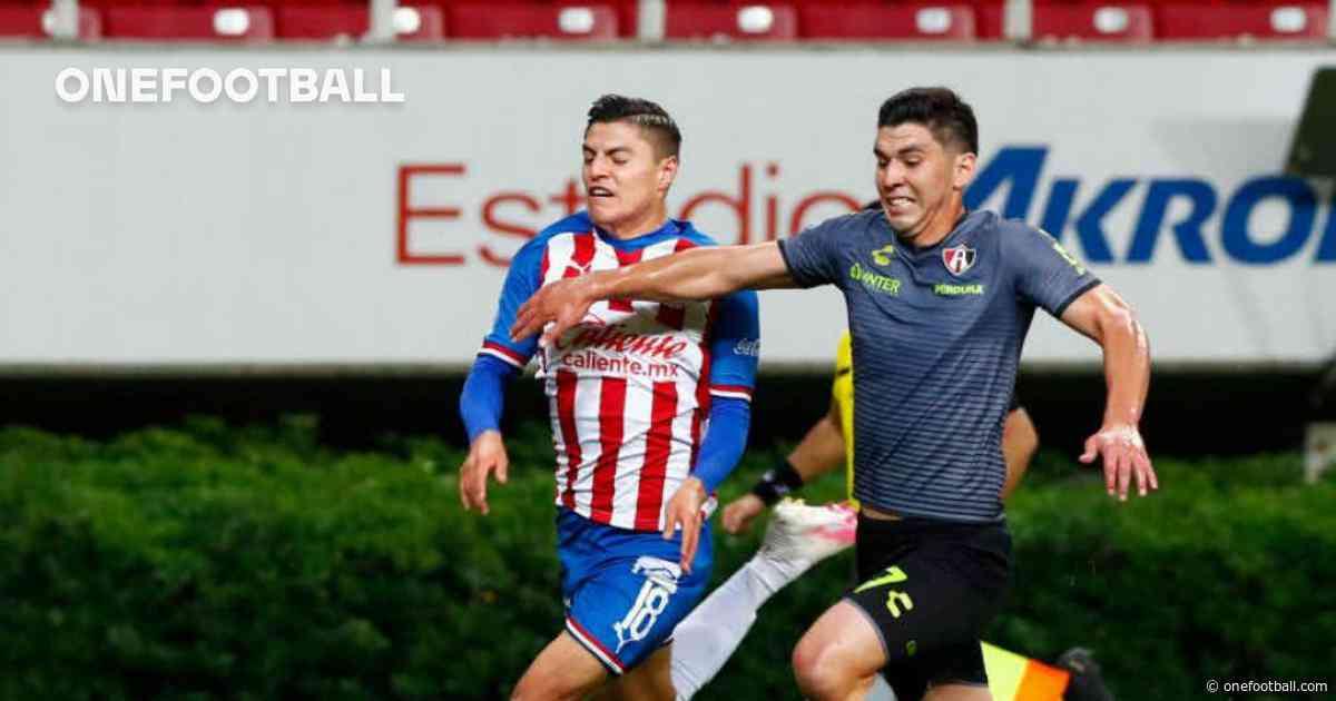 """Ronaldo Cisneros: """"Vamos a salir a ganar los dos partidos"""" - Onefootball"""