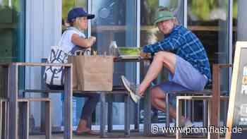 Ist Owen Wilson hier mit seiner neuen Partnerin unterwegs? - Promiflash.de
