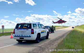 VIDEO: STARS airlifts patient after rollover - Ponoka News
