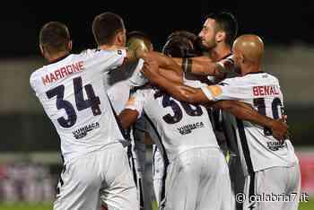 Serie B: Crotone accarezza il sogno promozione, crisi Cosenza - Calabria 7