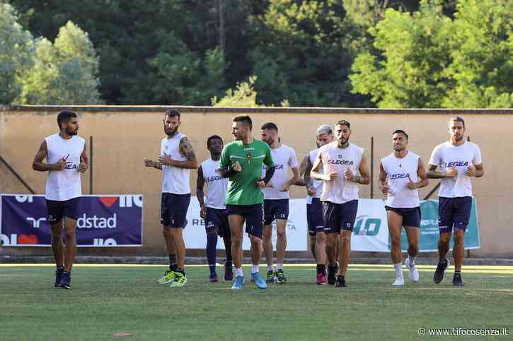 Cosenza, squadra in ritiro in vista del match col Perugia - Tifo Cosenza