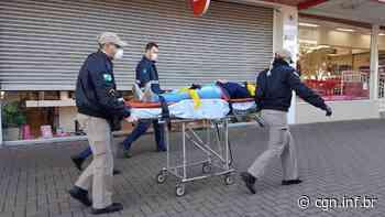 Mulher fica ferida ao sofrer queda de escada no Centro - CGN