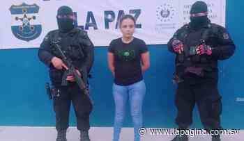 Joven mujer es detenida por transportar droga en San Pedro Masahuat - Diario La Página - Diario La Página