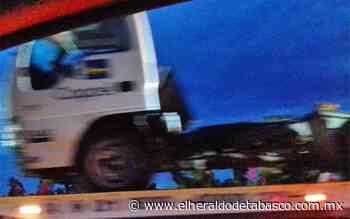 Camión de carga de Coppel se sale en la Villahermosa-Teapa - El Heraldo de Tabasco