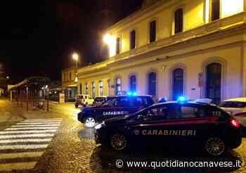 IVREA - Calci e pugni sul treno della Torino-Aosta per derubare due connazionali: pakistano 22enne arrestato dai carabinieri - QC QuotidianoCanavese