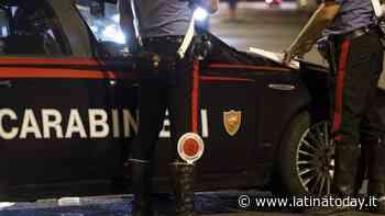 Non si ferma all'alt, poi investe un carabiniere e scappa: subito rintracciato e arrestato - LatinaToday