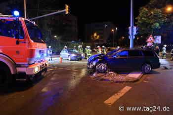 Heftiger Crash in Leipzig: War Ampelschaltung defekt? - TAG24