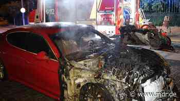 Porsche in Leipzig-Leutzsch abgebrannt - MDR