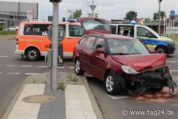 Zwei Personen bei Unfall in Leipzig verletzt - TAG24