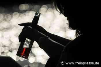 4 Promille - Betrunkene schläft auf Gehweg ein - Freie Presse