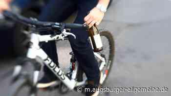 War's der Alkohol? Radler stürzt auf Feldweg in den Graben - Augsburger Allgemeine