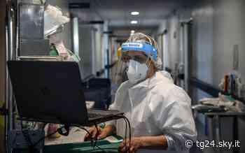 Coronavirus, Cremona: terapia intensiva non più Covid free. Riapre aeroporto Linate. LIVE - Sky Tg24