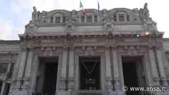 Milano, in Stazione Centrale partenze ordinate verso il mare - Italia - Agenzia ANSA