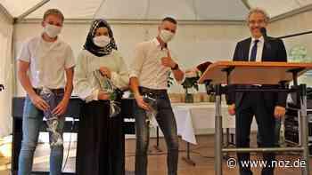 77 Schüler verabschiedet: Entlassungsfeier an der Oberschule Neuenkirchen-Vörden - noz.de - Neue Osnabrücker Zeitung