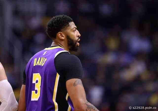 Lakers Rumors: Anthony Davis Wearing Last Name On Back Of Jersey In Orlando