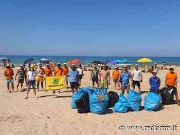 Legambiente. Pulizia Spiaggia Bruca e Ordinanza Plastic free - Radio RTM Modica