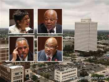 Mayor's deadline to councilmen passes with no resignations